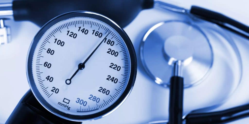 hipotenzija virsta hipertenzija hipertenzijos grėsmė