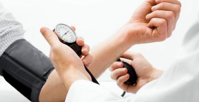 kaip hipertenzija pasireiškia vyrams)