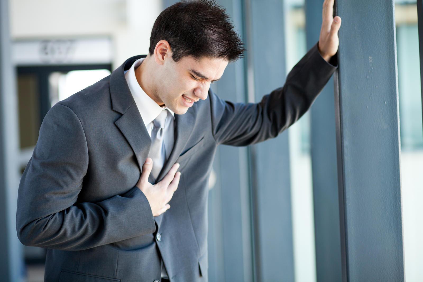 kaip jaunas vyras gali įveikti hipertenziją spengimas ausyse galvos skausmas hipertenzija