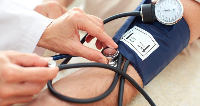 hipertenzija tirštas kraujas)