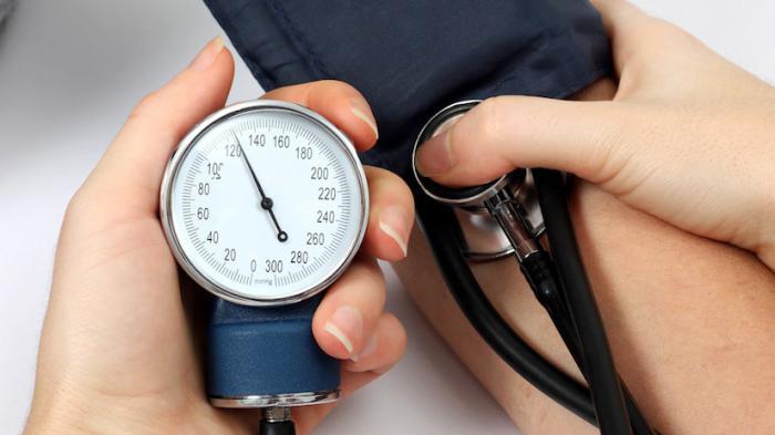 hipertenzija ir refleksologija)