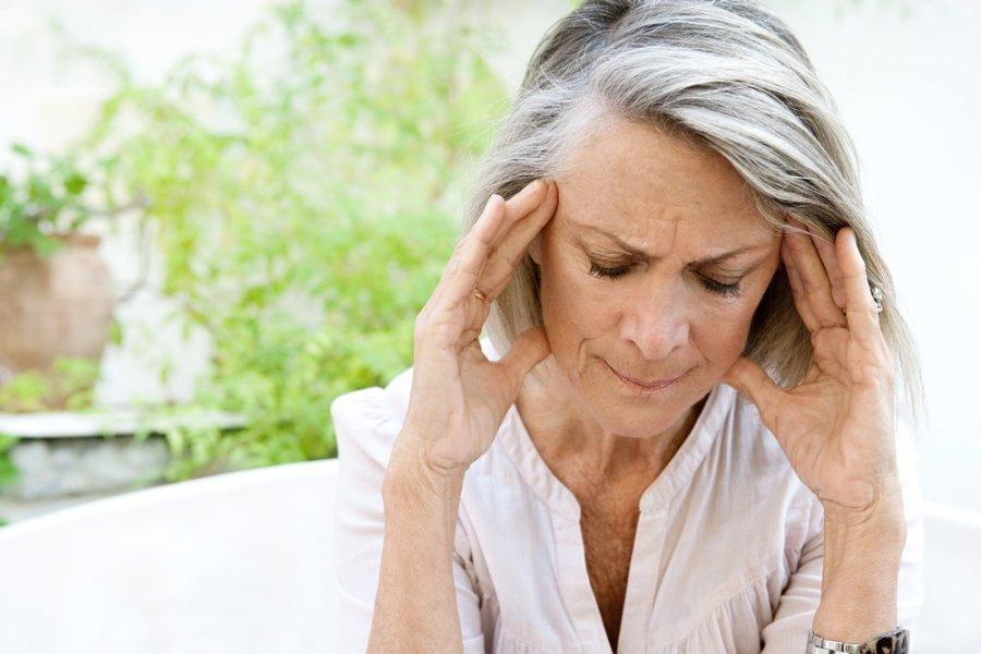 spengimas ausyse galvos skausmas hipertenzija)