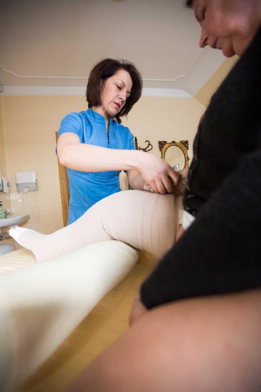 Rankomis atliekamas limfodrenažinis masažas – ir profilaktikai, ir gydymui