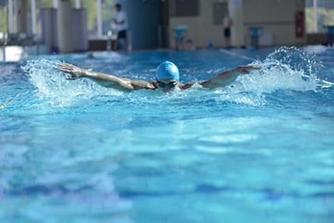 hipertenzija plaukimas