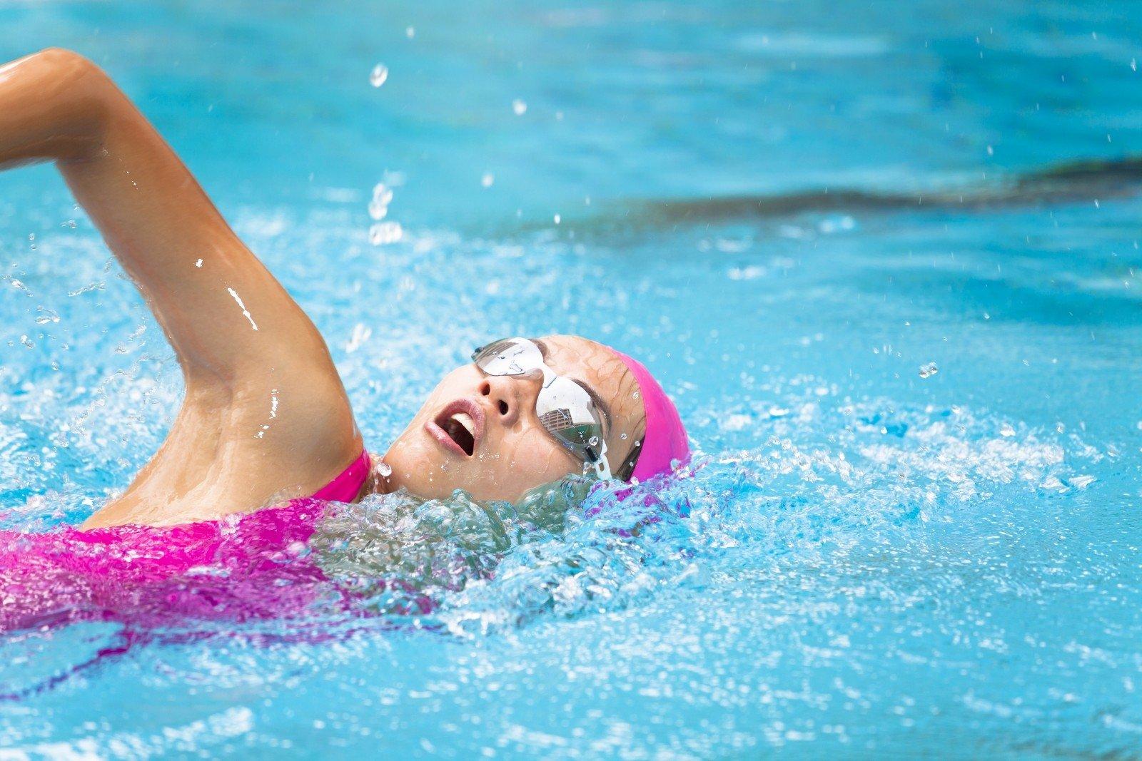 hipertenzija plaukimas)