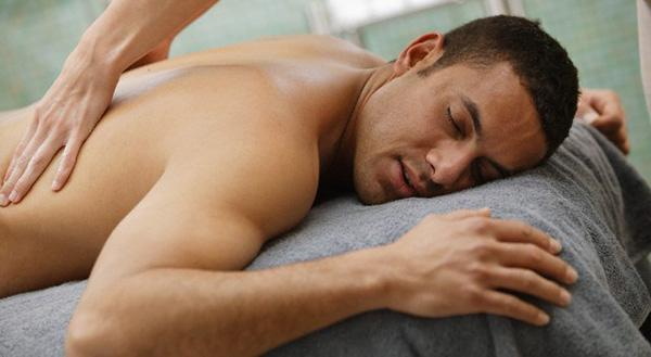 Gydomasis-vakuuminis nugaros masažas - Masažo klinika