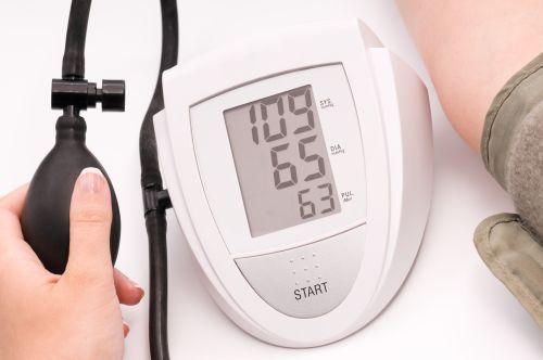 hipertenzija ir žemas kraujospūdis