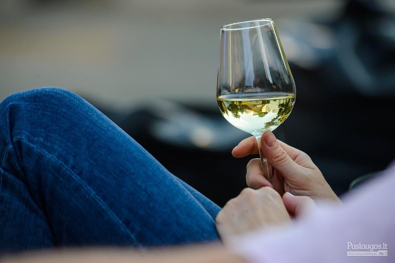 šampanas nuo hipertenzijos galite širdies sveikatos maistas