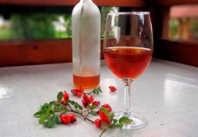erškėtuogių gėrimas nuo hipertenzijos)
