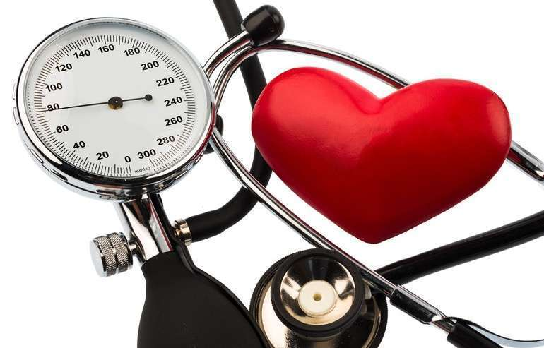 sergant hipertenzija, slėgis visada padidėja)