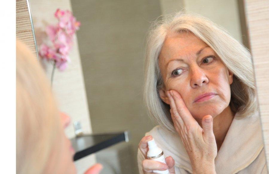 Kada baigiasi potvyniai ir kaip ilgai moterys menopauzės metu?