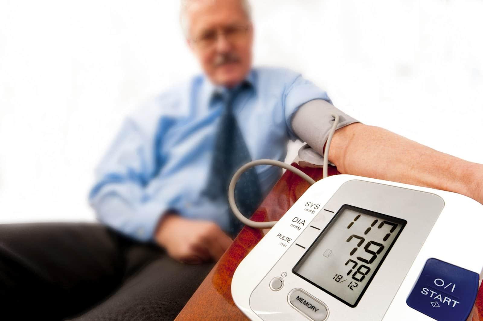 Atskleidė 4 būdus, padedančius įveikti žemą kraujospūdį - LRT