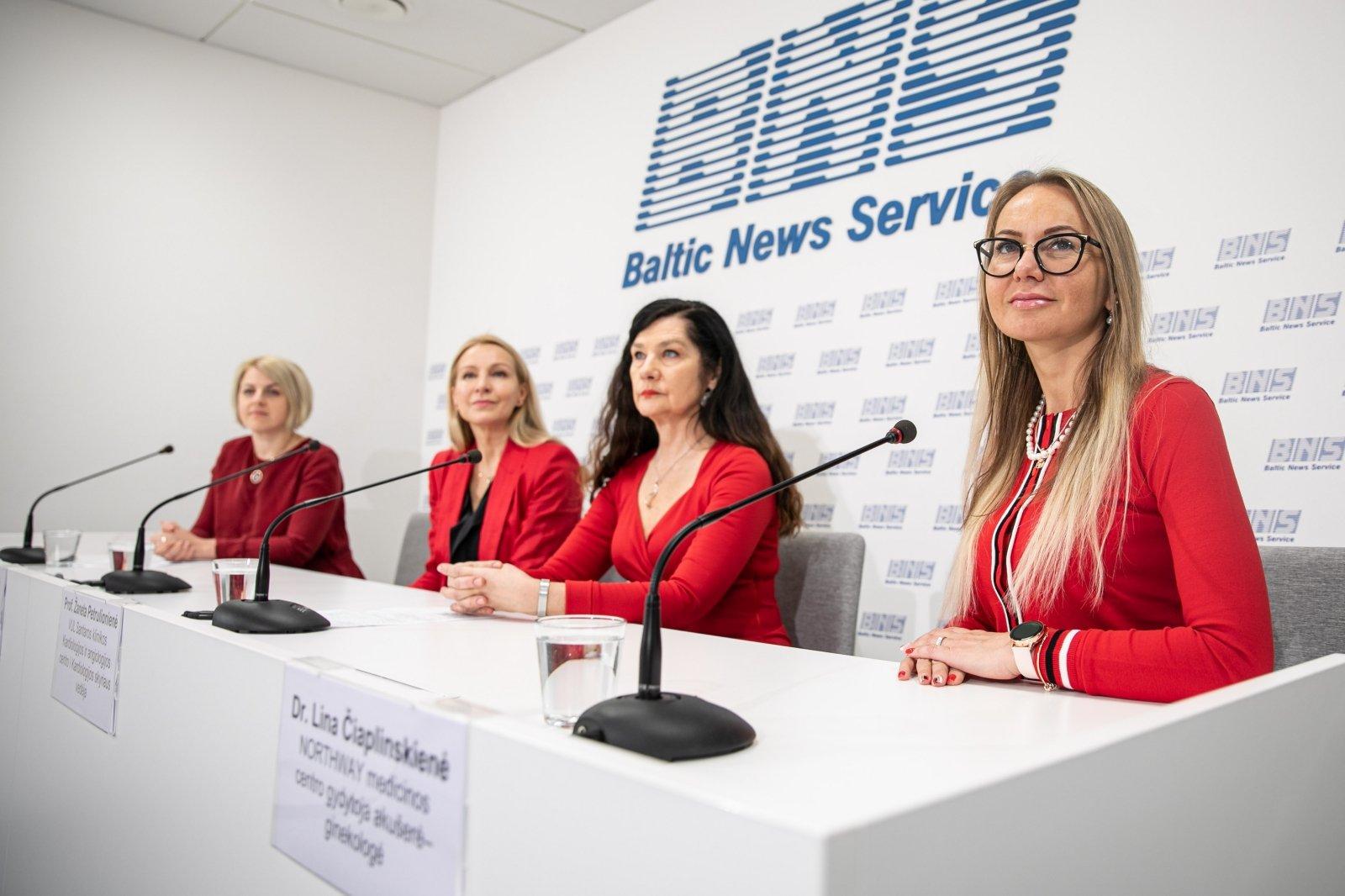 moterų hipertenzija menopauzės metu)
