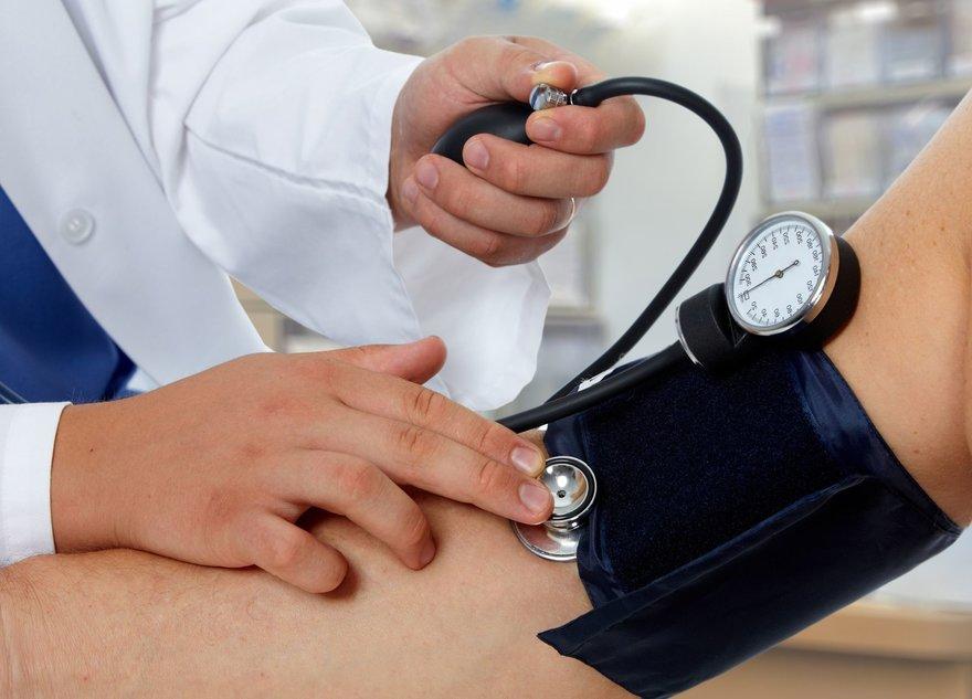 hipertenzija jauna priežastis